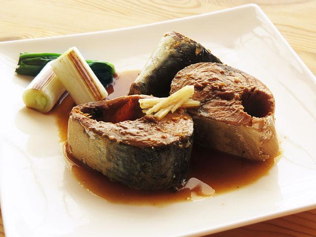 筒切りで作る鯖の味噌煮