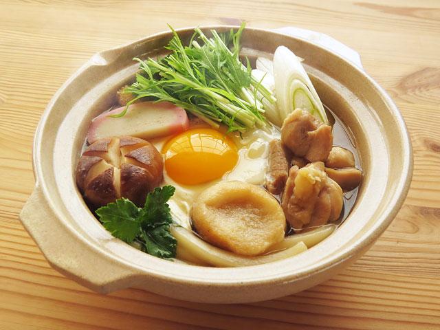 和風だしで作るおいしい鍋焼きうどん